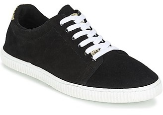 Chipie JERBY women's Shoes (Trainers) in Black
