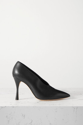 Manolo Blahnik Erminda Leather Pumps - Black