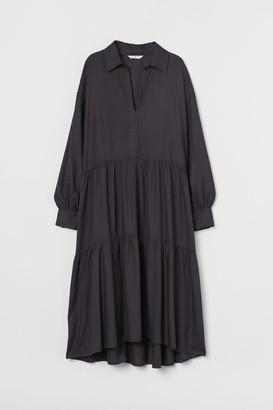 H&M Voluminous dress