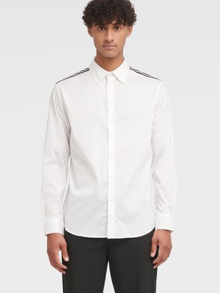 DKNY Men's Long Sleeve Woven Shirt With Shoulder Detail - White - Size XS