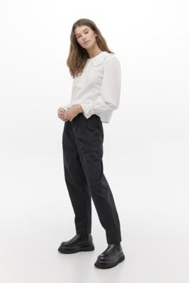 Levi's High-Waisted Balloon Leg Jeans - Black 25 at Urban Outfitters