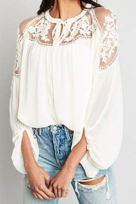 Hayden Los Angeles Sheer-And-Lace Peasant Blouse