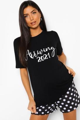 boohoo Maternity 'Arriving In 2021' Pajama Short Set