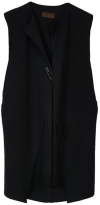 Oyuna Menna Knitted Wool / Cashmere Blend Sleeveless Jacket In Star Black