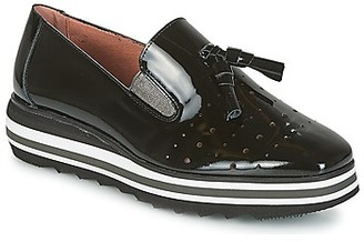 Wonders CIRPI women's Loafers / Casual Shoes in Black