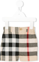 Burberry check chino shorts - kids - Cotton - 6 mth