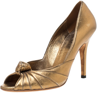 Gucci Metallic Gold Leather Knot Peep Toe Pumps Size 37.5