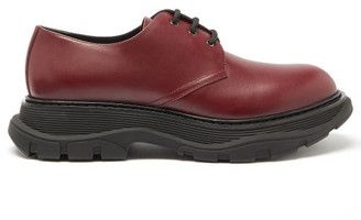 Alexander McQueen Exaggerated-sole Leather Derby Shoes - Burgundy