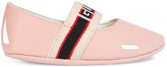 Gucci Baby patent leather ballet flat with stripe