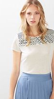 Esprit OUTLET floaty t-shirt in embroidery