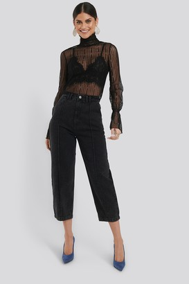 NA-KD Cropped Slouchy Jeans