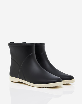 Madewell Alice + Whittles Minimalist Ankle Rain Boots in Black and White