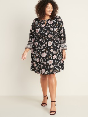 Old Navy Waist-Defined Plus-Size Floral Keyhole Dress