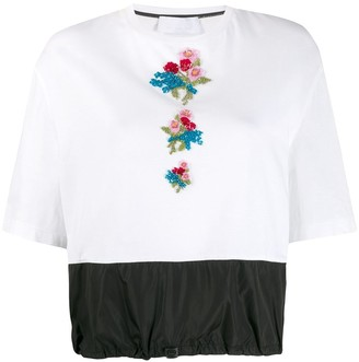 NO KA 'OI embroidered floral T-shirt