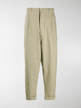 Ami Oversize Carrot Fit Chinos