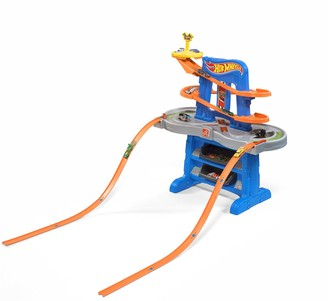 Step2 Hot Wheels Extreme Road Rally Raceway Car Track Tower