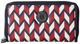 Tommy Hilfiger TH Medallion Zip Wallet Chevron