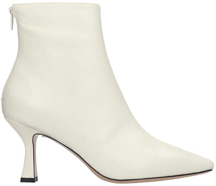 058b5b8e877db Ankle Boots In White Leather