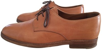 A.P.C. Camel Leather Lace ups