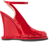 Bottega Veneta Intrecciato Patent-leather Wedge Pumps - Red
