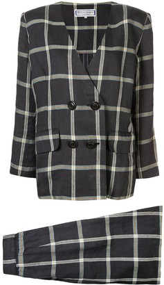 Lapel-Less Checked Skirt Suit
