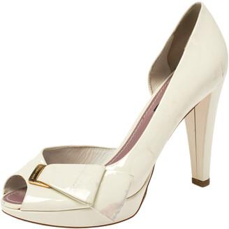 Louis Vuitton Off-White Patent Leather Apple Peep Toe Pumps Size 36.5