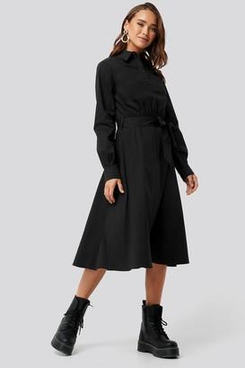 NA-KD Tied Waist Shirt Dress