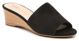 Tahari Neomea Wedge Sandal