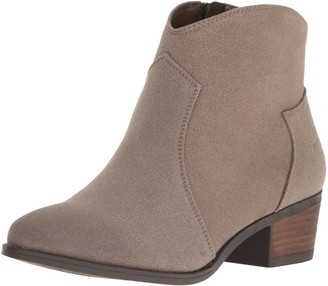 Call it SPRING Women's Gwerraviel Ankle Bootie