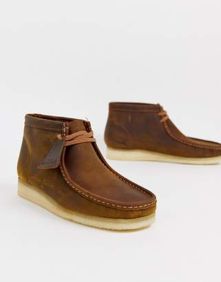 Clarks wallabee boots beeswax-Brown