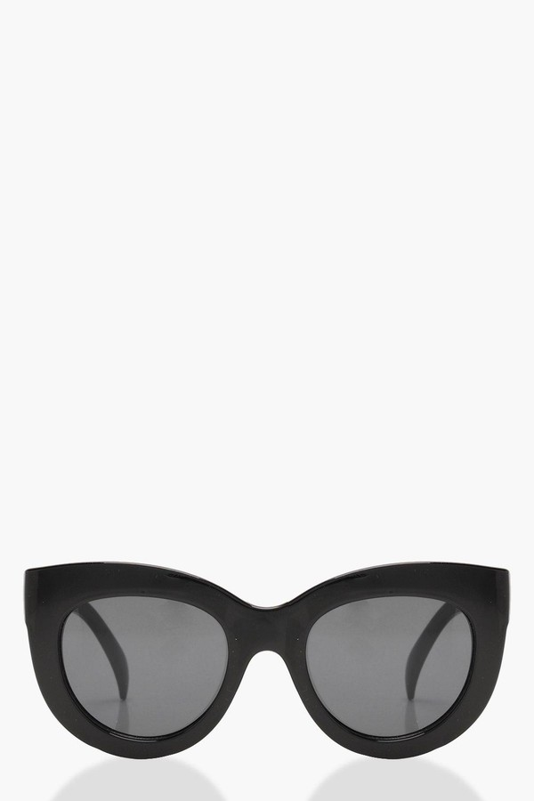 boohoo Oversized Cat Eye Sunglasses