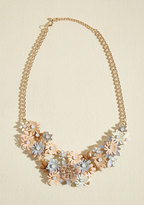 Gardener of Glamour Necklace in Peach