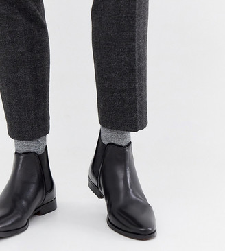 ASOS DESIGN Wide Fit chelsea boots in black leather with black sole