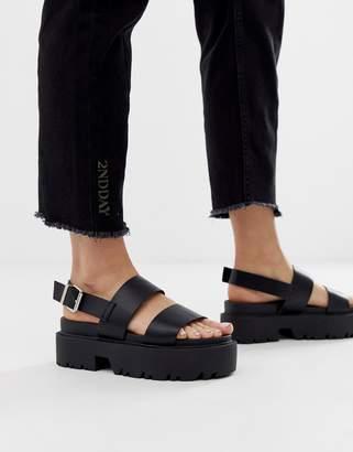 Asos Design DESIGN Foolish chunky flat sandals-Black