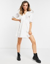 Thumbnail for your product : New Look short sleeve ruffle poplin mini dress in white