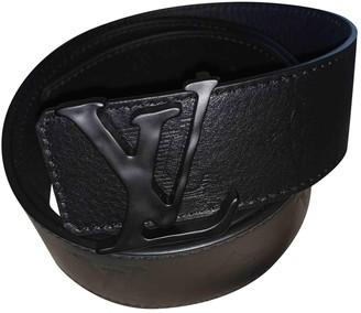 Louis Vuitton Shape Black Leather Belts