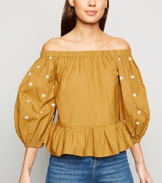 New Look Daisy Embroidered Puff Sleeve Bardot Top