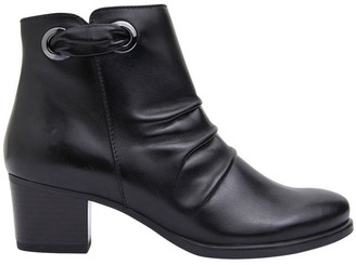 Easy Steps Cagney Black Glove Boot
