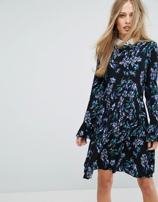 Closet London 2 In 1 Fluted Sleeve Skater Dress In Bright Floral Print