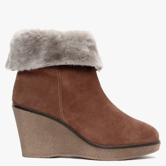 Alba Moda Tan Suede Wedge Ankle Boots