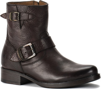 Frye Vicky 6 Leather Boot