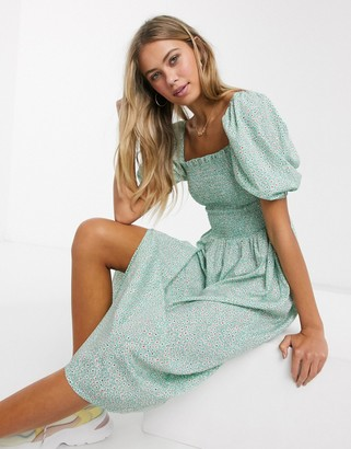 Influence puff sleeve midi dress with shirring in mint retro floral