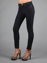 811 Mid Rise Skinny Jean