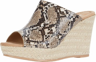 Chinese Laundry CL by Laundry Women's Billions Sandal