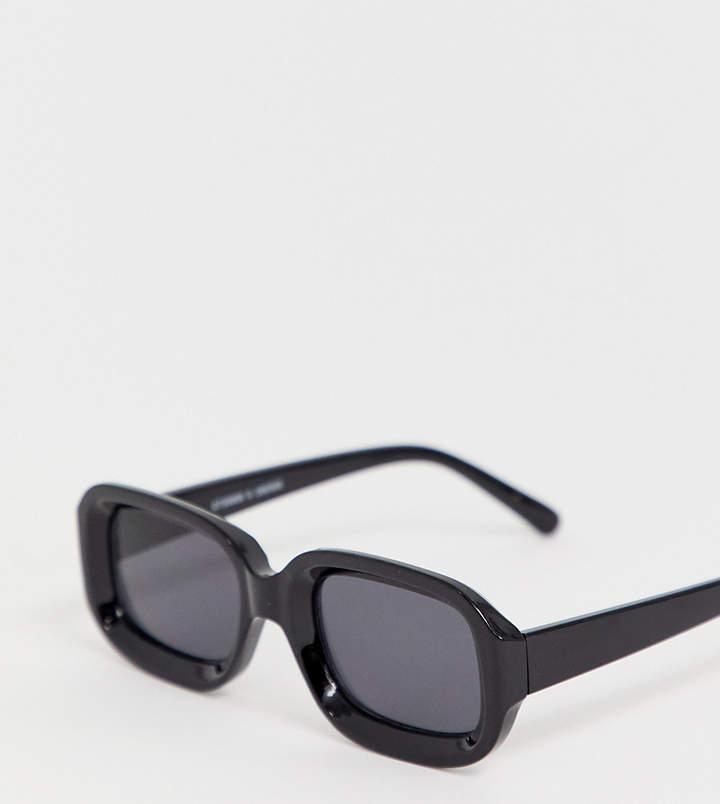 Monki square shape sunglasses in black
