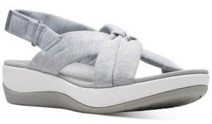 Clarks Women's Cloudsteppers Arla Belle Flat Sandals Women's Shoes