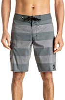 Quiksilver Men's Everyday Brigg Board Shorts