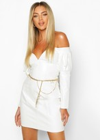 Thumbnail for your product : boohoo Chain and Pearl Waist Belt