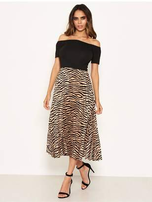 AX Paris 2 In 1 Zebra Bardot Pleated Dress - Black/Print
