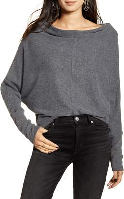 Treasure & Bond Slouchy Long Sleeve Top